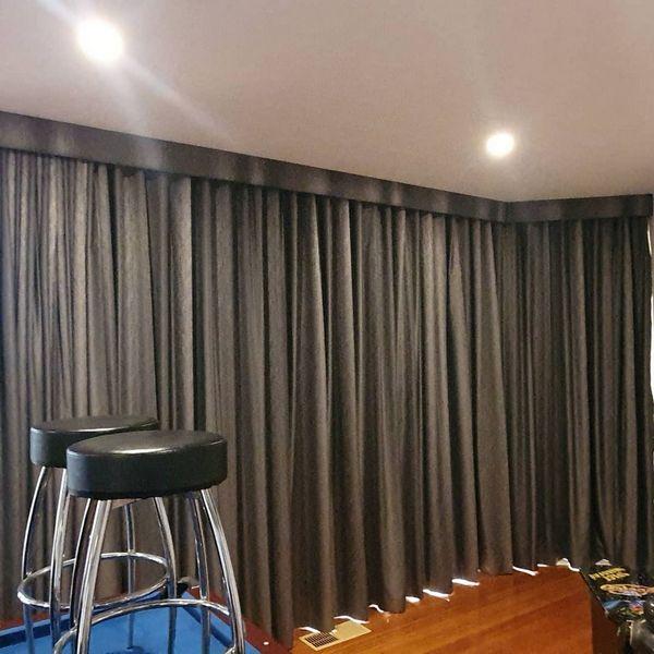 Design of motorised curtains